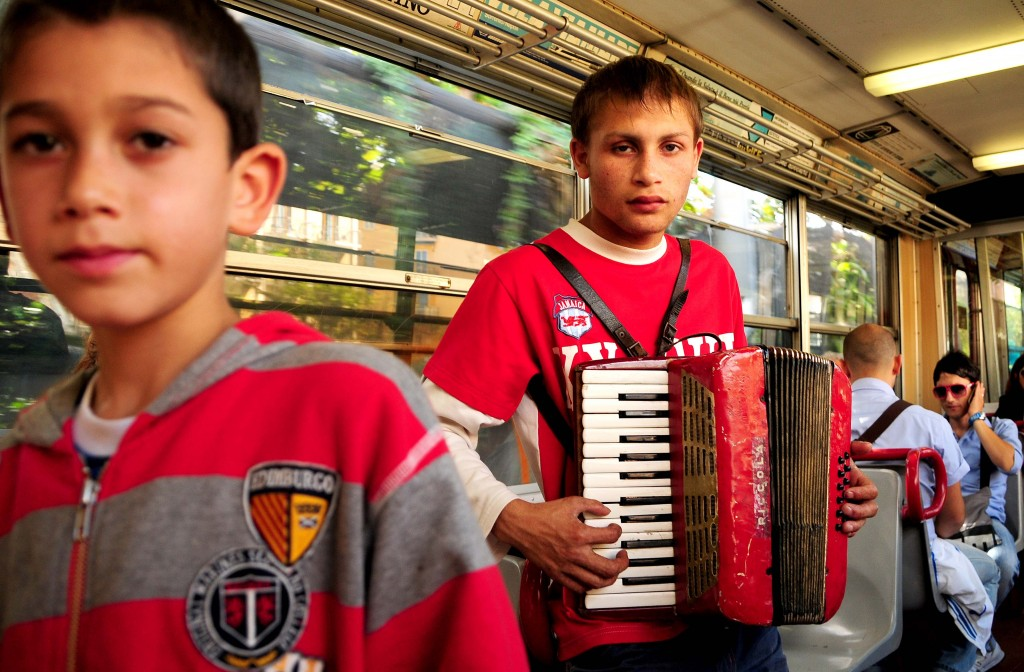 Accordian boy from Sorrento to Pompeii 1024x672 Boys on Trains.   Photos on an Italian train from Sorrento to Pompeii.