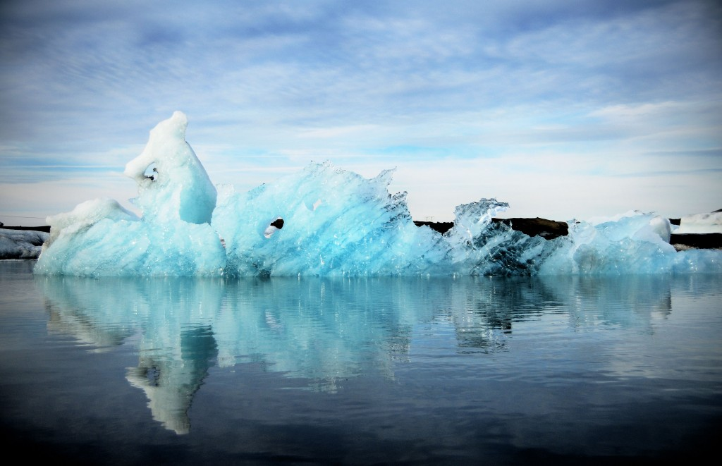 Iceberg in Glacier Bay Jokulsarlon Iceland 1024x661 Visiting Iceland on a Budget   Our Daily Travel Budget in Iceland