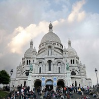 church-in-montmartre-smallerforbnb