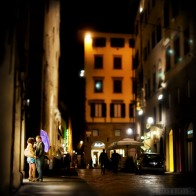 The-Golden-Girl-Florence-Italy-smallerforBnB-196x196