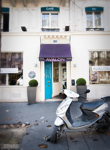 Avalon Hotel in Paris France Paris: Avalon Hotel | Hangin with @HostelBookers
