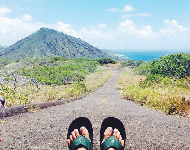 Find Anywhere Aloha With @OluKai Today (4/8) on Pin-Up Live!