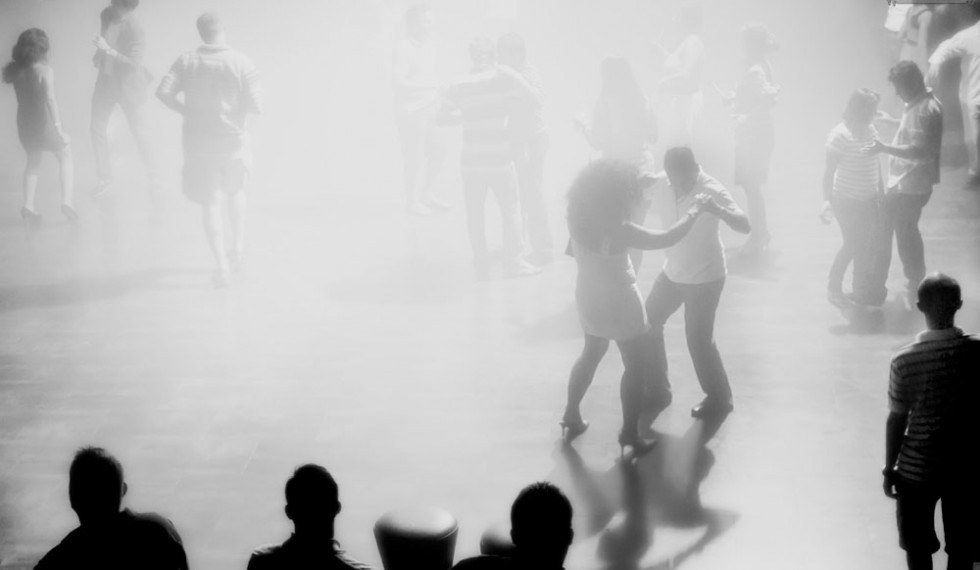 project_riviera-maya_dancing-bw
